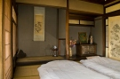 Takayama-hostel-guesthouse-guest-room-chanoma