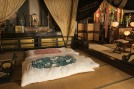 Takayama-hostel-guesthouse-guest-room-temple-HONDO-futon